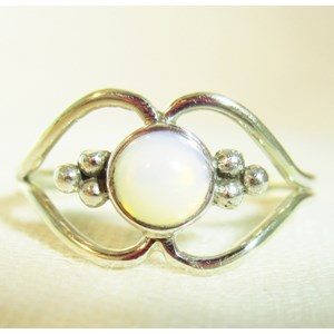 Pretty Opalite Ring (Size L)