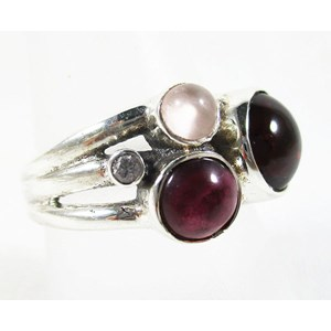 Garnet and Rose Quartz Ring (size P)